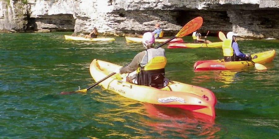 kayaking in door county caves, tour